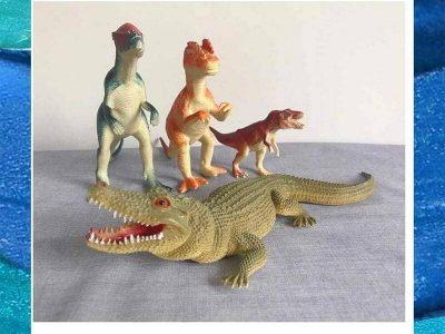 4 Toys: Dinosaurs