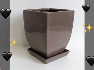Ceramic Taper Pot Chocolate Colour