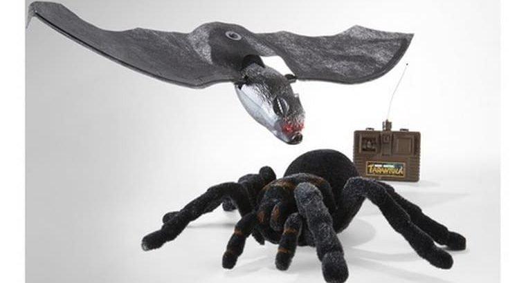 Radio Control Tarantula with Batteries